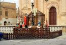 教会脇のクリブ