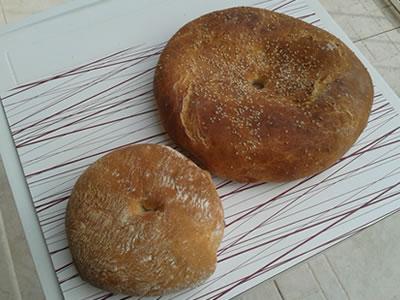 こんな円盤型のパンの名前もフティーラ