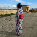 浴衣でチッタデッラを散歩するゴゾの女子